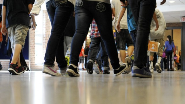 school-hallway-with-students-rise-early-and-shine-teachers-and-students-try-out-longer-school-0mkfhqks-1024x575